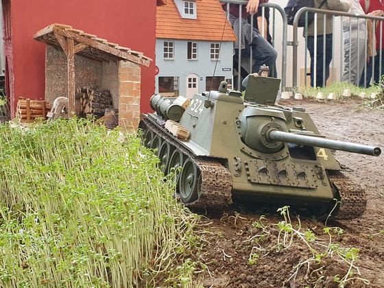 SU-85 Scratchbau