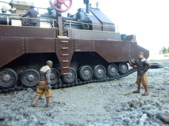 Steampunk Tank Treptor auf Basis von 2 Panzer IV