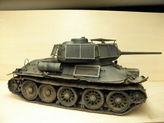 T34 mit Zusatzpanzerung