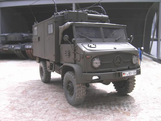 Mercedes Benz Unimog S404B mit Funkkabine