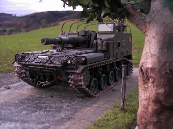155mm Panzerhaubitze M44