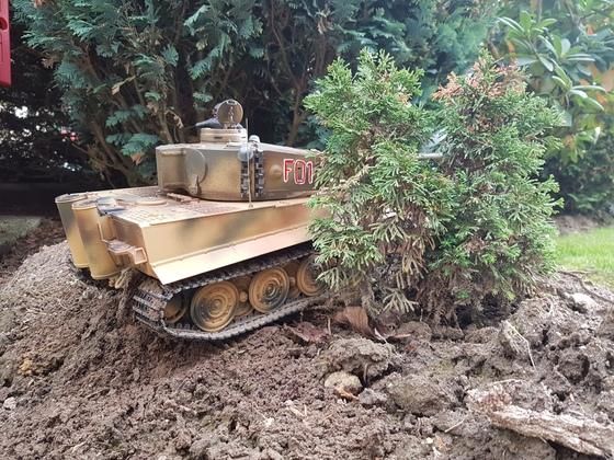 Tiger der Panzergruppe Fehrmann im Hinterhalt