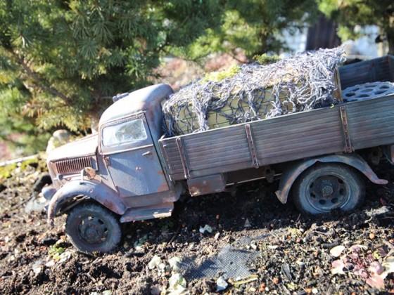 Opel Blitz im Gelände