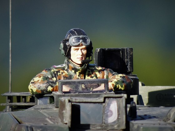 Bundeswehr Tank Crew Panzerkommandant von Tamiya