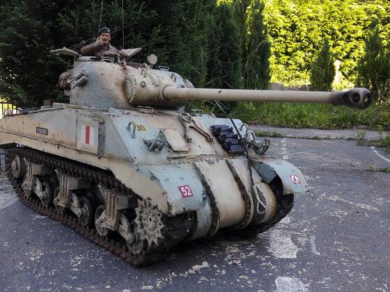 British Tank Sherman-Firefly