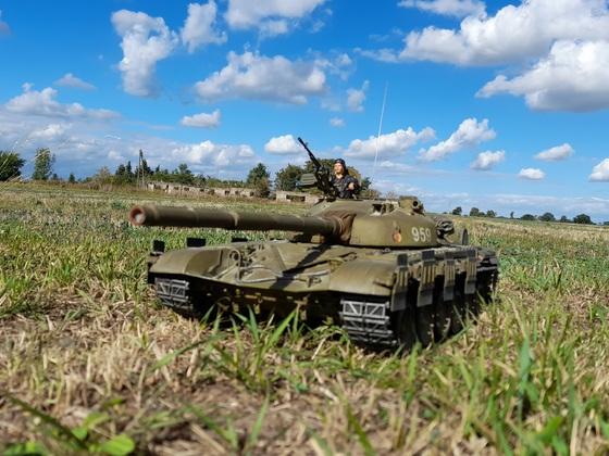 T 72M