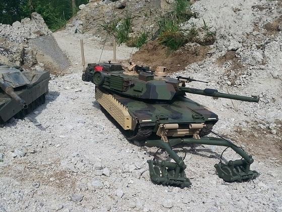 M1A1 TUSK1
