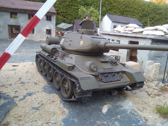 Mein T 34/85m der NVA im Panzerdorf von Malzburg Modellbau