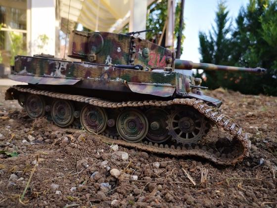 Tiger 214 bleibt mit zerstörter Kette liegen #2